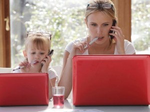 mom and girl computers